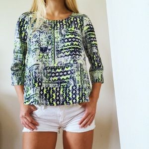 Lush 3/4 Sleeve Open Tulip Back Patterned Top Sz S